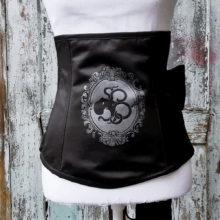 Underbust corset – The Big Bow